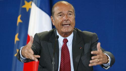 """""""Notre maison brûle et nous regardons ailleurs"""" : on vous raconte l'histoire de cette formule emblématique de Jacques Chirac"""
