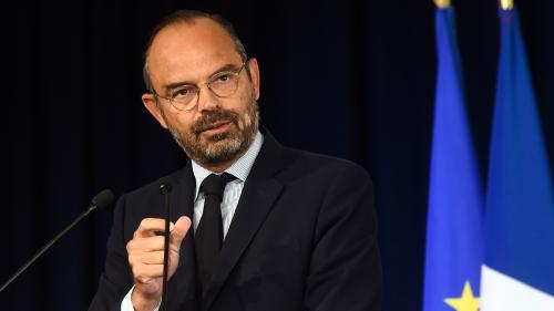 """Incendie à Rouen : Edouard Philippe promet """"la transparence totale"""" face à """"l'inquiétude légitime des populations"""""""