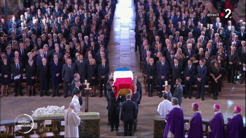 DIRECT. Obsèques de Jacques Chirac : le cercueil est arrivé à Saint-Sulpice, suivez la cérémonie officielle