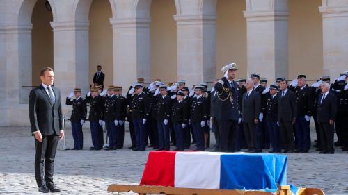 DIRECT. Emmanuel Macron a rendu les honneurs militaires à Jacques Chirac dans la cour des Invalides