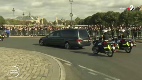 DIRECT. Obsèques de Jacques Chirac : le cortège funéraire arrive à l'église Saint-Sulpice