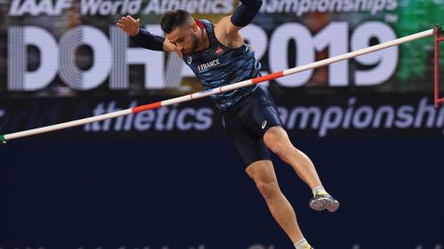 DIRECT. Championnat du monde d'athlétisme : 3000 m steeple, finale à la perche, 200 mètres, 400 mètres… Regardez les épreuves de la cinquième journée