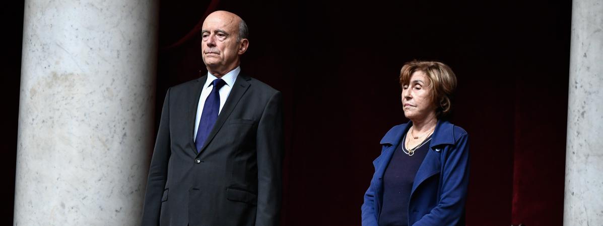 VIDEO. Hommage à Jacques Chirac : une minute de silence observée à l'Assemblée nationale en présence d'anci...