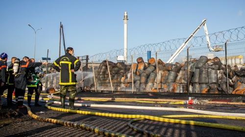 Incendie de l'usine Lubrizol à Rouen : ce qu'il faut retenir de la conférence de presse du préfet