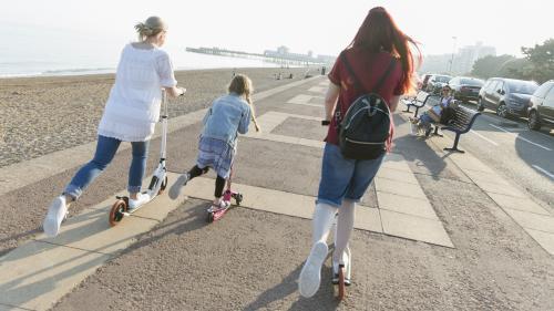 Projet de loi bioéthique: ce que disent les études et les experts sur les enfants élevés dans des familles homoparentales