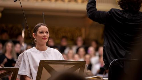 Marion Cotillard et l'Orchestre national de Lille : une intense émotion au festival George-Enescu de Bucarest