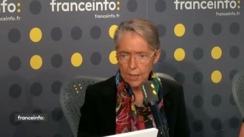 """Incendie de Lubrizol : """"On a mis une pression très forte sur l'industriel pour qu'il nous donne la liste précise des produits"""", affirme Élisabeth Borne"""