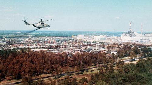 """Après Tchernobyl, les autorités françaises ont-elles vraiment prétendu que le nuage radioactif s'était """"arrêté à la frontière"""" ?"""
