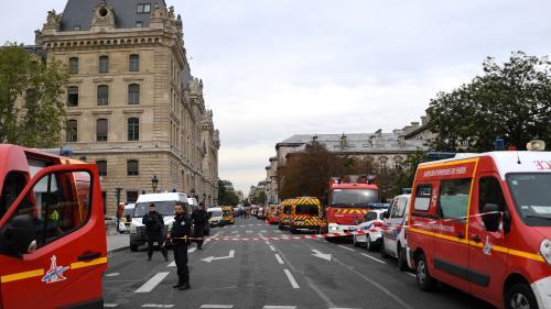 """DIRECT. Attaque à la préfecture de police de Paris: l'agresseur, âgé de 45 ans, """"n'avait jamais présenté de difficultés comportementales"""""""