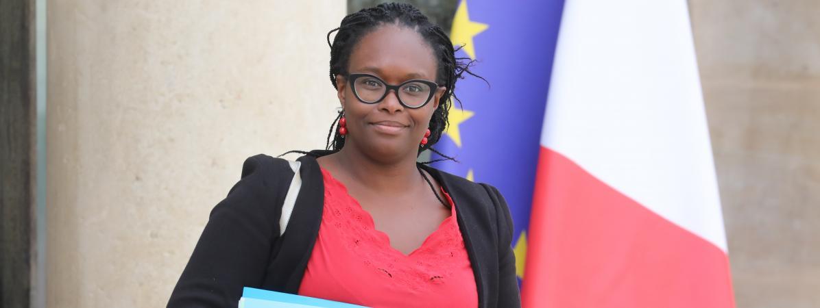 """Sibeth Ndiaye : """"Christophe Castaner n'est pas derrière chacun des 150 000 policiers"""""""