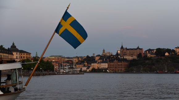 En Suède, le taux de pauvreté était de 14,7% en 2017, selonEurostat. Photo d\'illustration du drapeau suédois.