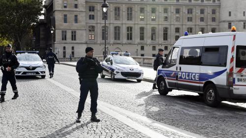 Attaque à la préfecture de police de Paris : cinq questions autour de l'habilitation secret-défense de l'assaillant