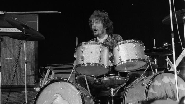 Ginger Baker, célèbre batteur de rock et de jazz, fondateur de Cream avec Eric Clapton, est mort à l'âge de 80 ans