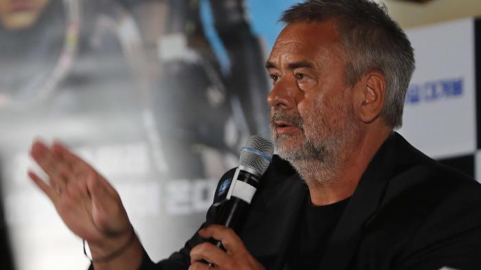 """""""Je n'ai jamais violé une femme de ma vie"""" : le réalisateur Luc Besson se défend d'accusations le concernant"""