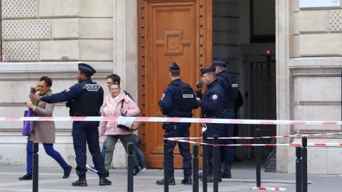 """Détection de la radicalisation : le syndicat Unité SGP-FO Police réclame """"du personnel, du temps et des procédures claires"""""""
