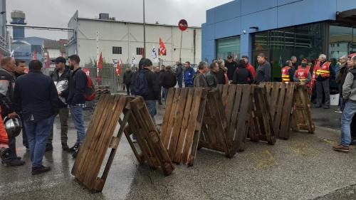 Blocage des sites de General Electric à Belfort: la CGT appelle à durcir le mouvement, après l'échec de la réunion avec la direction