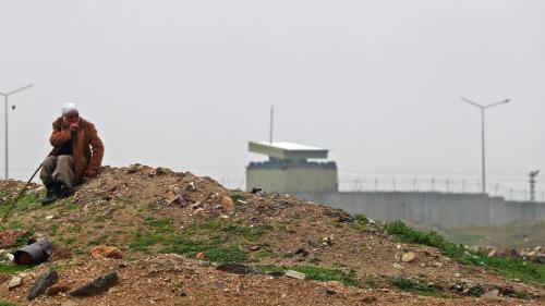 La Turquie débute son opération militaire contre des forces kurdes en Syrie
