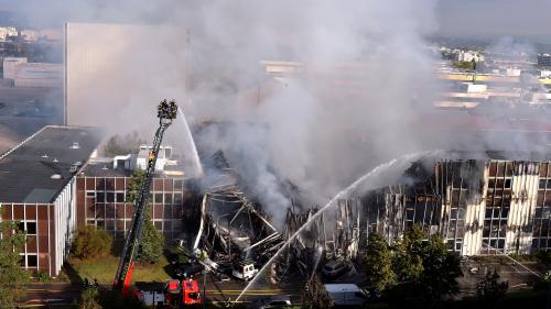 Incendie de Villeurbanne : des batteries au lithium ont-elles brûlé au cours du sinistre?