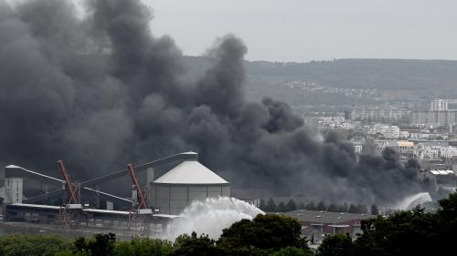 Incendie de l'usine Lubrizol à Rouen : la ville de Petit-Quevilly porte plainte contre X