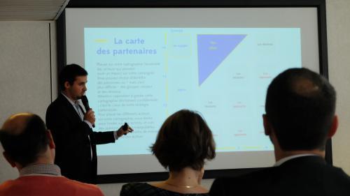 Municipales : comment les candidats LREM se préparent-ils ? On a suivi une journée de formation à la sauce start-up