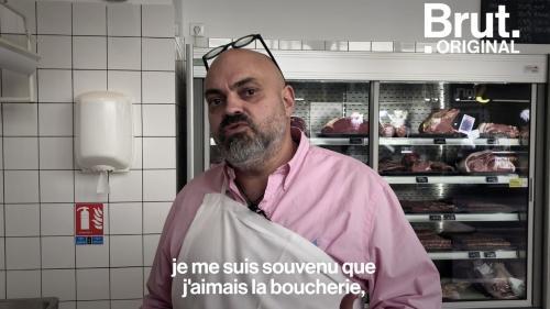"""VIDEO. """"J'y vais en courant le matin""""... D'architecte à boucher, il raconte son changement de vie"""