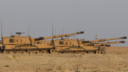 Offensive turque en Syrie: la France annonce qu'elle suspend les exportations d'armes de guerre vers la Turquie