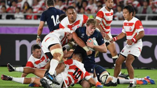 Mondial de rugby: le Japon crée la surprise en battant l'Ecosse (28-21) et se qualifie pour la première fois de son histoire pour les quarts de finale