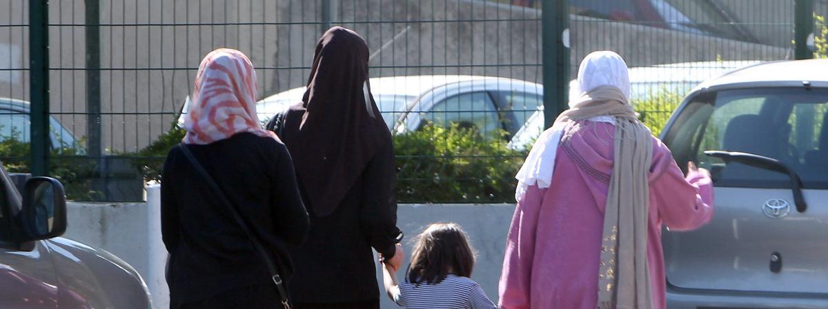 Mère voilée prise à partie dans un conseil régional : le gouvernement affiche ses divisions sur le port du ...