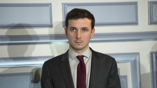 """""""Il n'y aura pas forcément d'exclusion"""" : le député Aurélien Taché convoqué par LREM après avoir critiqué les propos de Blanquer sur le voile"""