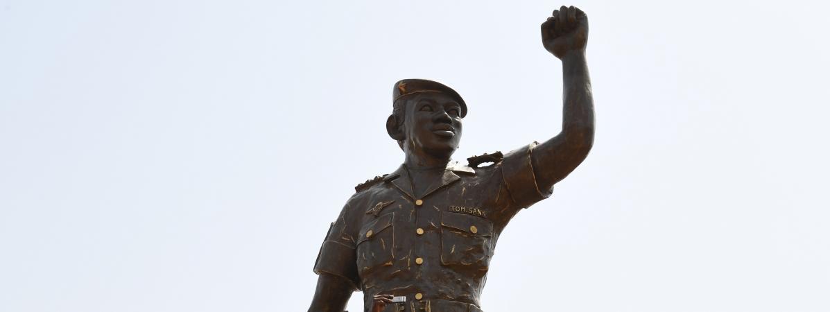 La statue en bronze de Thomas Sankara a été érigée à Ouagadougou, la capitale du Burkina Faso, le 2 mars 2019.
