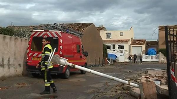 Arles : une tornade a dévasté un quartier