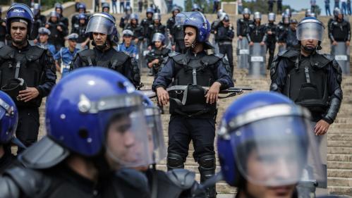 Algérie : liberté provisoire annulée pour un journaliste, renvoyé en détention