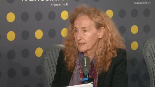 """VIDEO. """"Nous allons commander 1000 bracelets"""" antirapprochement pour lutter contre les féminicides, affirme Nicole Belloubet"""