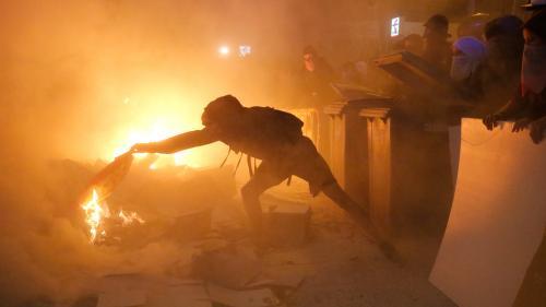 Espagne : scènes de violences en Catalogne, 51 arrestations