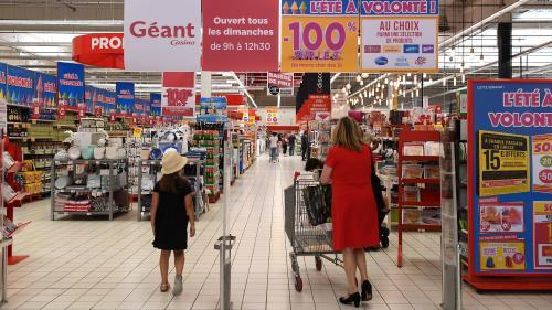 Travail dominical : l'hypermarché d'Angers qui opérait sans caissiers n'a plus le droit d'ouvrir après 13 heures