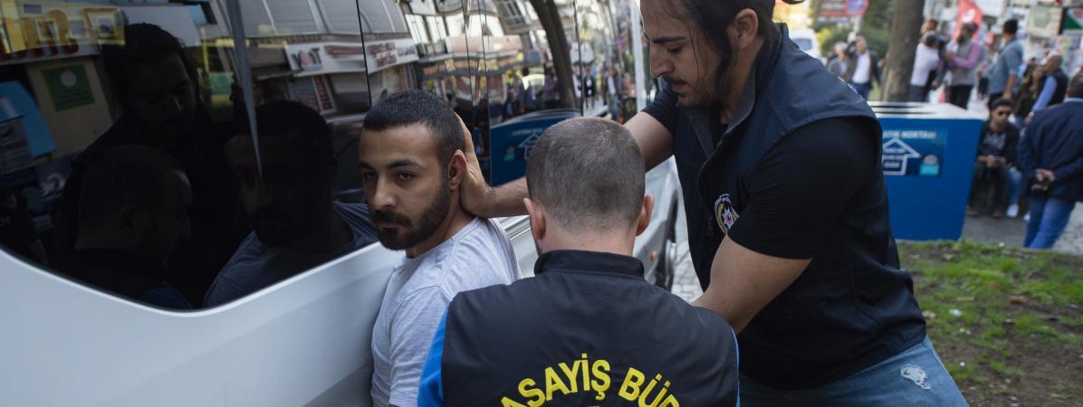 "Turquie : 186 interpellations pour ""propagande"" contre l'offensive en Syrie"