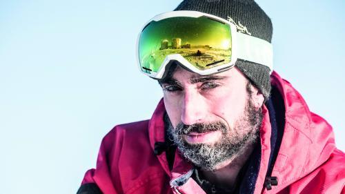 """VIDEO. """"L'isolement, le confinement, le froid"""" : l'astrobiologiste Cyprien Verseux raconte ses neuf mois en Antarctique"""