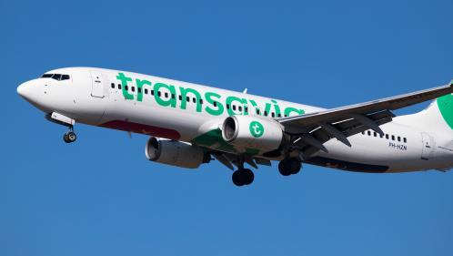 Orly : un passager d'un avion Transavia arrêté après avoir tenté d'ouvrir une porte en plein vol