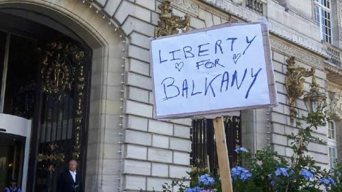 """P. Balkany condamné pour blanchiment de fraude fiscale mais relaxé des faits de corruption : """"Les Levalloisiens sont heureux de savoir que leur maire est honnête"""""""