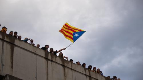 """La justice espagnole ouvre une enquête pour """"terrorisme"""" visant l'organisation catalane """"Tsunami Démocratique"""""""