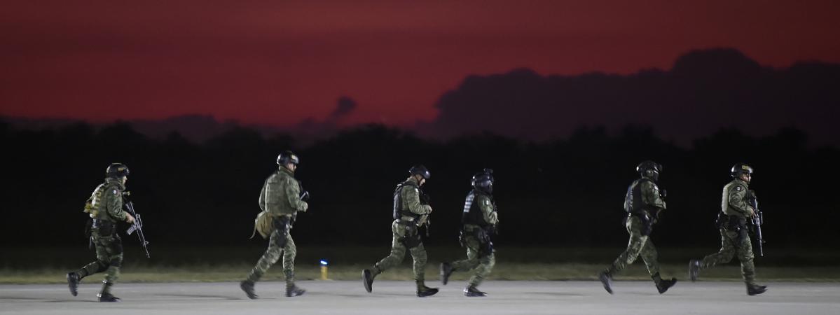 """Mexique : le gouvernement dans l'embarras après l'abandon de l'arrestation du fils d'""""El Chapo"""""""