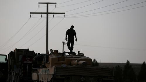 Turcs et Kurdes s'accusent mutuellement de ne pas respecter l'accord suspendant l'offensive militaire en Syrie