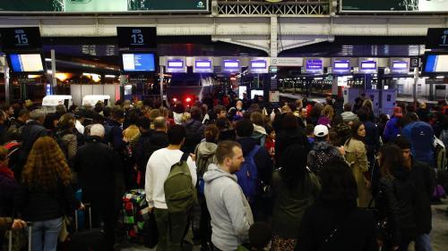 DIRECT. Mouvement social à la SNCF : seul un TGV Ouigo sur trois circulera demain, le reste des prévisions annoncé tôt dans la matinée