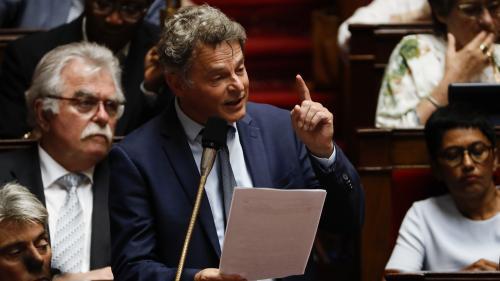"""Droit de retrait à la SNCF : """"Au lieu de trouver des solutions, la direction et le gouvernement font le choix de la polémique"""", selon Fabien Roussel"""