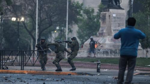 Chili : trois morts dans un supermarché incendié à Santiago, premières victimes des émeutes