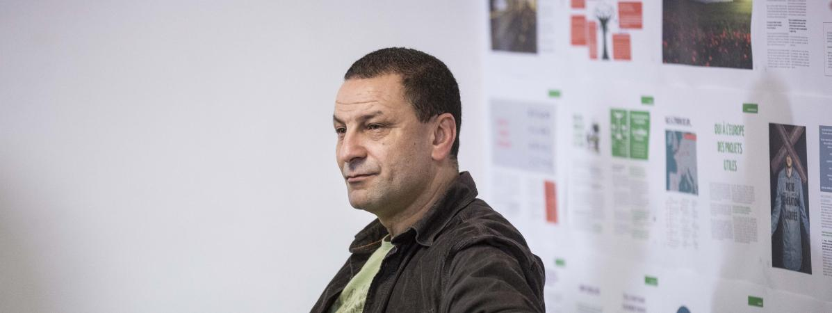 """""""Je ne me sens plus à ma place"""" : agacé par la polémique sur le voile, Mohamed Mechmache va démissionner du..."""