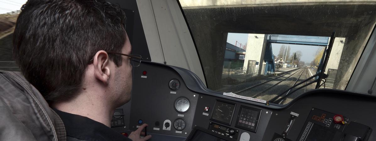 INFO FRANCEINFO. SNCF : l'inspection du travail d'Alsace demande la suspension de la conduite des trains pa...