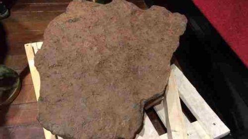 Paris : des météorites vendues aux enchères pour fêter les 50 ans des premiers pas de l'homme sur la lune