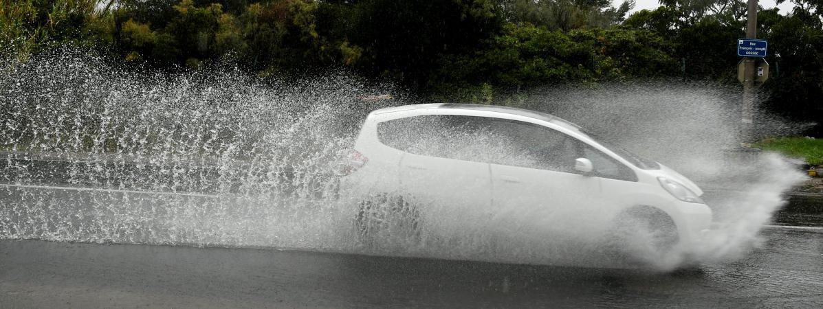 Intempéries : deux mois de pluie en 24 heures à Narbonne, plusieurs routes coupées dans les Pyrénées-Orient...