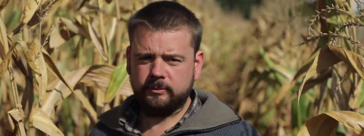"""VIDEO. Pesticides : agressé lors d'un épandage, un agriculteur témoigne dans """"Envoyé spécial"""""""
